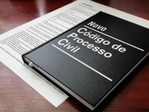 Novo Código de Processo Civil acelera processo contra quem deve condomínio